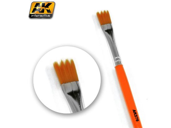 AK Interactive - 00576 Weathering Brush - Saw Shape