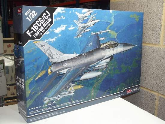 Academy 1/32 12123 F-16 CG/CJ 'Fighting Falcon