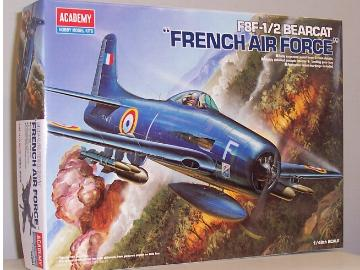 Academy 1/48 F-8F2 Bearcat French Air Force / Blue Angels 1112201