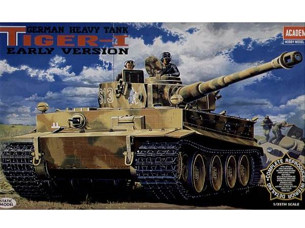 Academy 1/35 13239 Pz.Kpfw.VI Tiger I early with interior