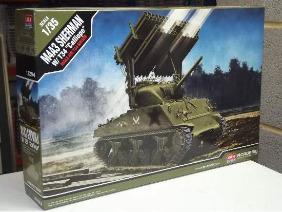 Academy 1/35 13294 M4A3 Sherman withT34 - Calliope