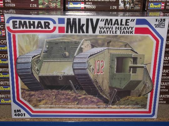 Emhar 1/35 4001 WWI MkIV Male Heavy Battle Tank