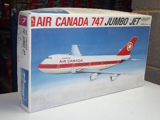 Hobby Craft 1/200 1131 Boeing 747 - Air Canada Date: 90's