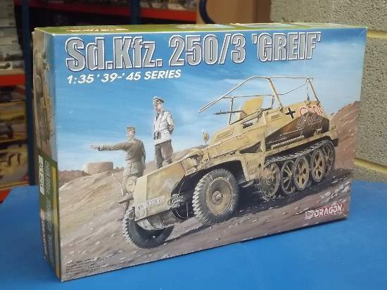 Dragon 1/35 6125 Sd.Kfz 250/3 Grief Date: 00's