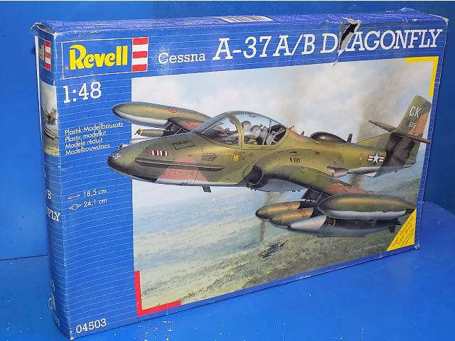 Revell 1/48 04503 A-37A/B Dragonfly Date: 00'S