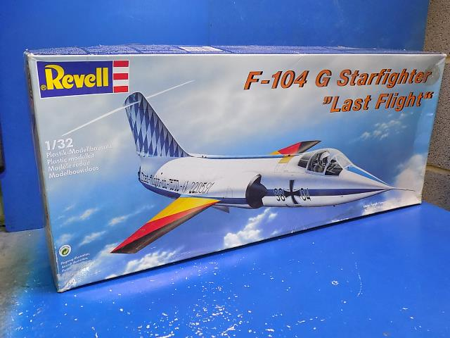 Revell 1/32 4790 F-104G Starfighter 'Last Flight' Date: 00's