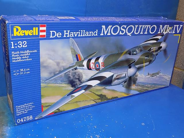 Revell 1/32 04758 Mosquito Mk.IV Date: 00's