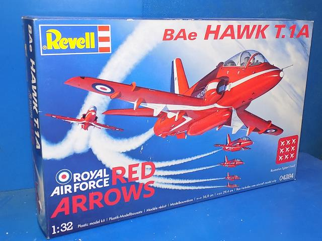 Revell 1/32 04284 Bae Hawk T.1A - Red Arrows Date: 00's