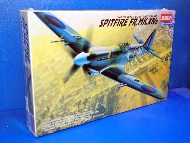Academy 1/48 2161 Spitire FR Mk.XIVE Date: 00's