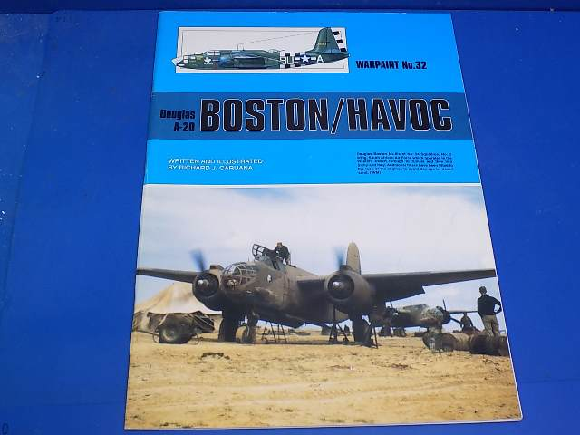 Books - 32 Warpaint No 32 - A-20 Boston / Havoc Date: 00's
