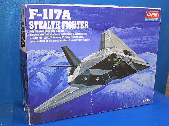 Academy 1/48 2118 F-117A Stealth Fighter Date: 00's