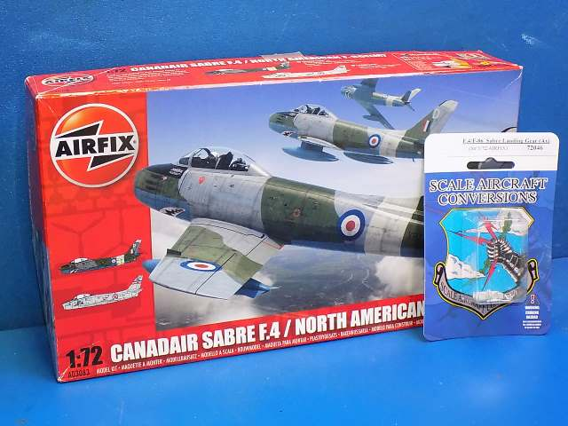 Airfix 1/72 0383 F.4 / F-86 Sabre w/ SAC Undercarriage Date: 00's