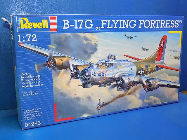 Revell 1/72 04283 B-17G Flying Fortress Date: 00's
