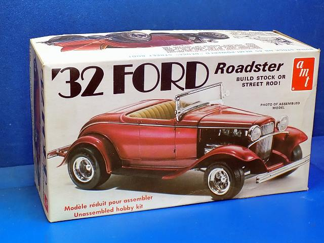 AMT 1/25 150 32 Ford Roadster Date: 80's