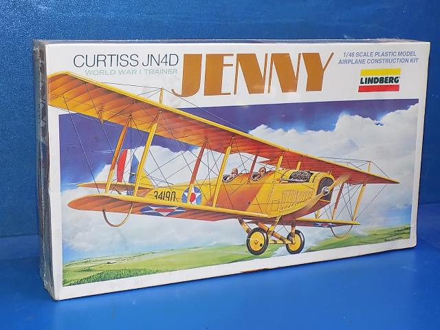 Lindberg 1/48 2317 Curtiss Jenny Date: 80's
