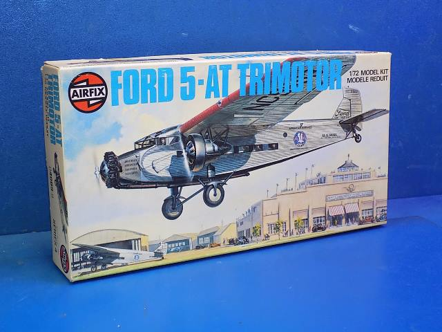 Airfix 1/72 04009 Ford 5 AT Trimotor Date: 1970's