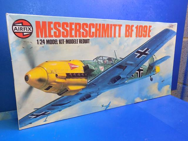 Airfix 1/24 12002 Me Bf109E (No Decals) Date: 1975