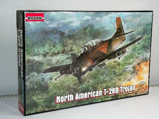 Roden - North-American T-28D Trojan Scale 1/48 450