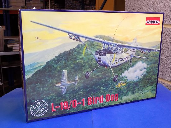 Roden 1/32 619 Cessna L.19/O-1 Bird Dog