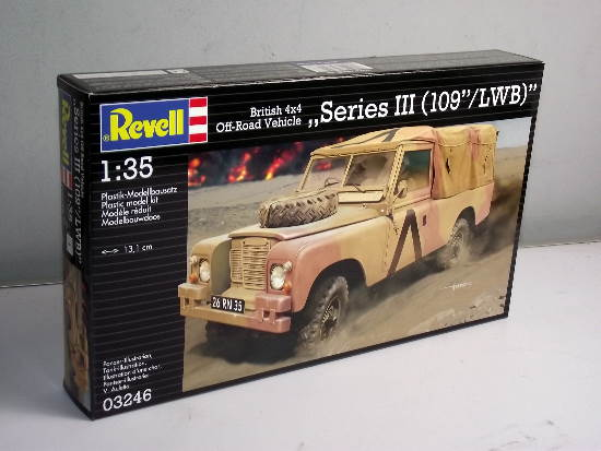 Revell 1/35 3246 British Land Rover 4x4 Off-Road Vehicle SeriesIII (109 /LWB)