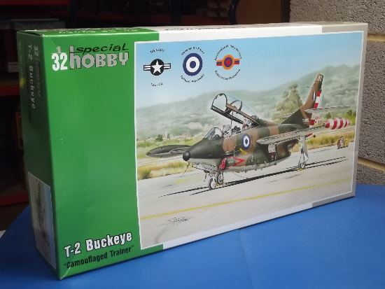 Special Hobby 1/32 32059 T-2 Buckeye 'Camouflaged Trainer'.