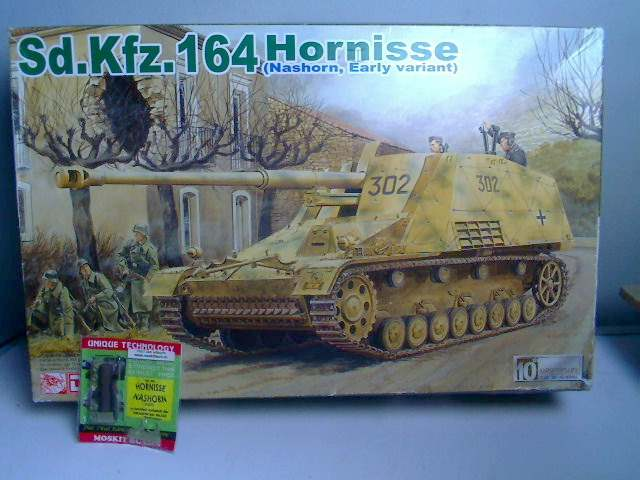 Dragon 1/35 Sd.Kfz.164 Hornisse & Moskit Hollow Exhaust Date: 00's