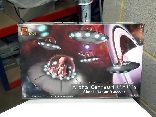 Pegasus 1/32 Alpha Centauri UFO's (2) Date: 00's 9102