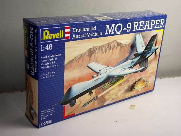 Revell - Unmanned Aerial Vehicle MQ-9 Reaper Scale 1/48 4865