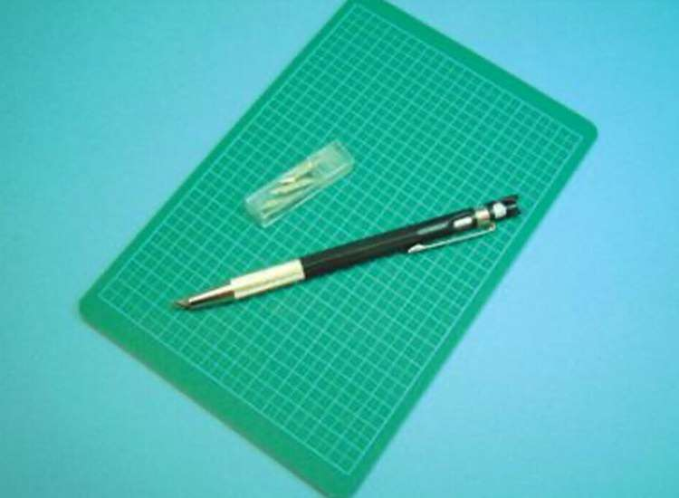 Expo Tools High Quality Cutting Mat w/ Stencil/Decal Knife 71207