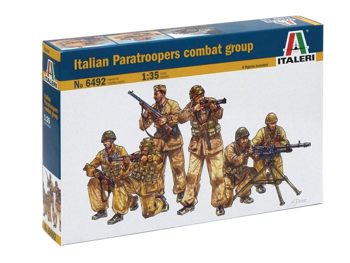Italian Paratroopers combat group