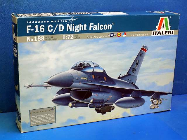 Italeri 1/72 188 F-16C/D Night Falcon Date: 00's