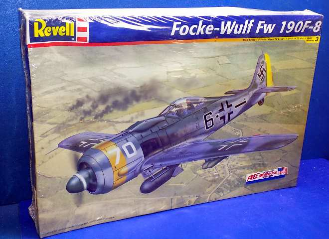 Revell 1/32 5517 Fw190F-8 Date: 90's