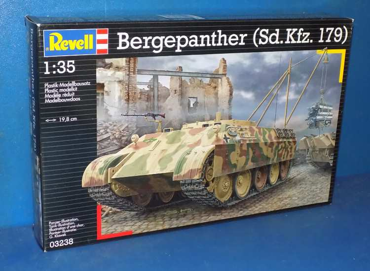 Revell Bergepanther