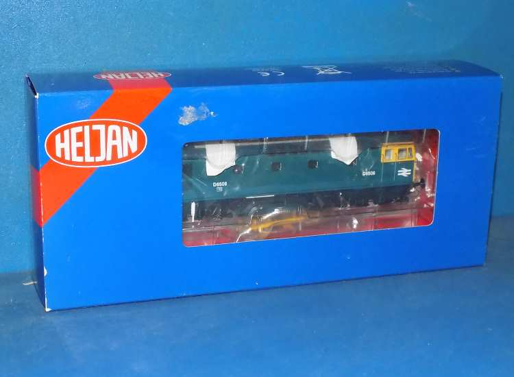 Class 33 D6506 Diesel Locomotive Blue with Ful Yellow End Late