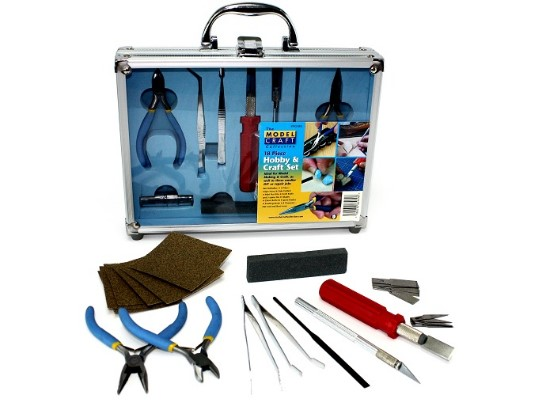 18 Piece Hobby and Craft Set
