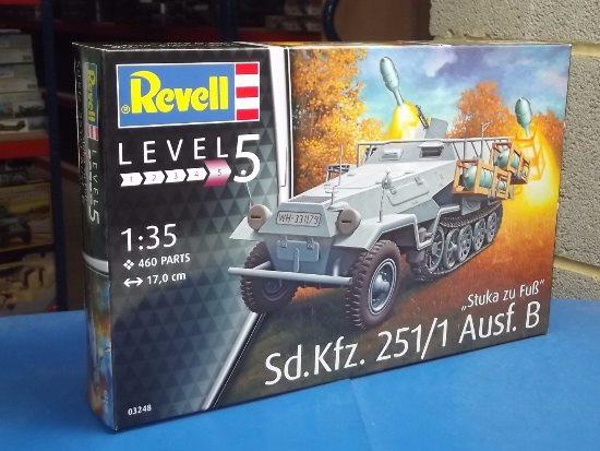 revell 1 35  Revell 1/35 3248 Sd.Kfz. 251/1 Ausf.B Stuka zu Fus