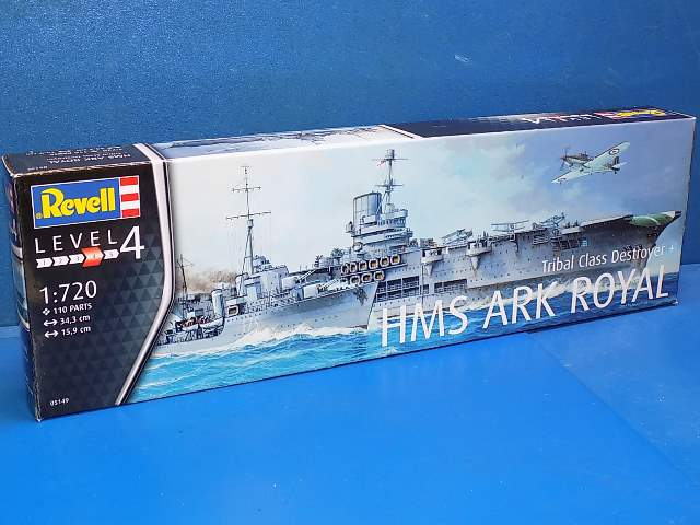 Revell HMS Ark Royal & Tribal Class Destroyer 5149
