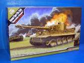 Academy 1/35 13509 German Tiger-I Ver. Early Operation Citadel