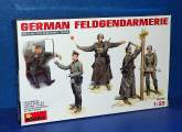 Miniart 1/35 35046 German Feldgendarmerie Date: 00's