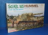 Dragon 1/35 6204 Sd.Kfz.165 Hummel Date: 00's