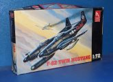 Hobby Craft 1/72 1321 f-82 Twin Mustang Date: 00's