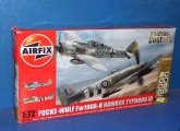 Airfix 1/72 50136 Dogfight Double - Fw190A-8 and Typhoon IB Date: 00's