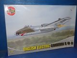 Airfix 1/48 10102 EE Canberra B(I) 8 Date: 00's