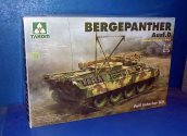 Takom 1/35 2102 Bergepanther Ausf.D (Damaged Box) Date: 00's