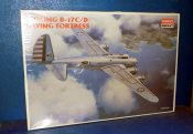 Academy 1/72 2150 B-17C/D Flying Fortress Date: 00's