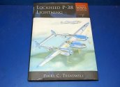 Books - - Classic WW2 Aviation No7 - P-38 Lightning Date: 00's