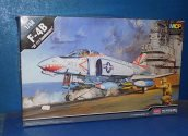 Academy 1/48 12232 F-4B Phantom VF-111 Sundowners Date: 00's