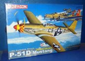 Dragon 1/32 3205 P-51D Mustang Early Date: 00's