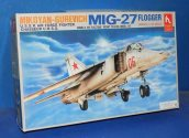 Hobby Craft 1/48 1592 Mig-27 Flogger Date: 00's