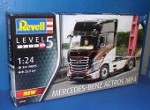 Revell 1/35 07439 Mercedes Benz Actros MP4 Date: 00's